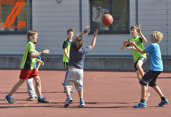 2016-09-21_basketball